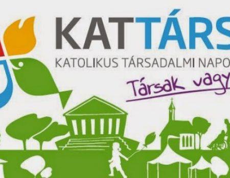 Értelmi fogyatékkal élő és ép fiatalok számára hirdettek integrált sportprogramot a KATTÁRS-on